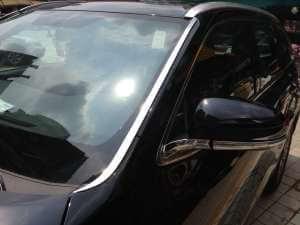 Молдинг лобового стекла Toyota Highlander (2014-2016)