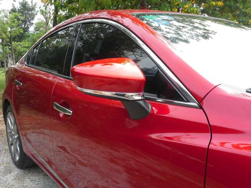 Хром полоски на зеркала заднего вида Mazda 6 (2012-2015)