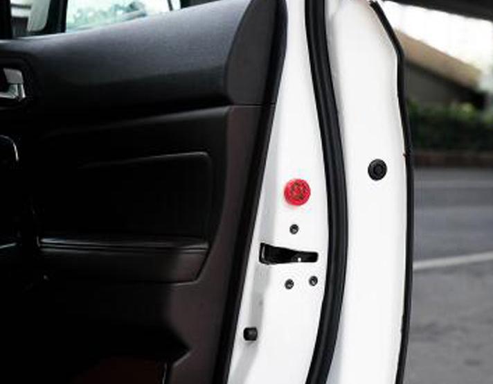 Предупреждающий сигнал на двери автомобиля, фото 4