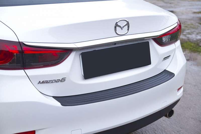 Пластиковая накладка на бампер Mazda 6 2015+ (GJ рестайлинг)