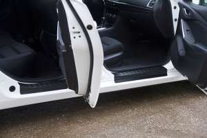 Накладки на внешние пороги Mazda 6 2015+ (GJ рестайлинг)