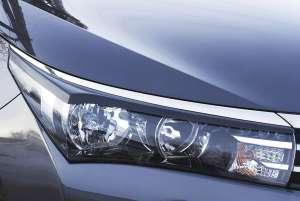 Передние реснички Toyota Corolla (седан) 2012-2015