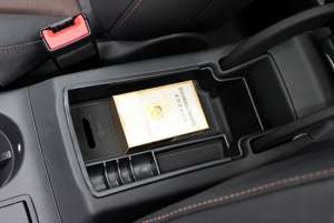 Органайзер в подлокотник для Audi Q3 2011-2017