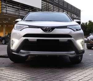 Дневные ходовые огни Toyota Rav4 2015+